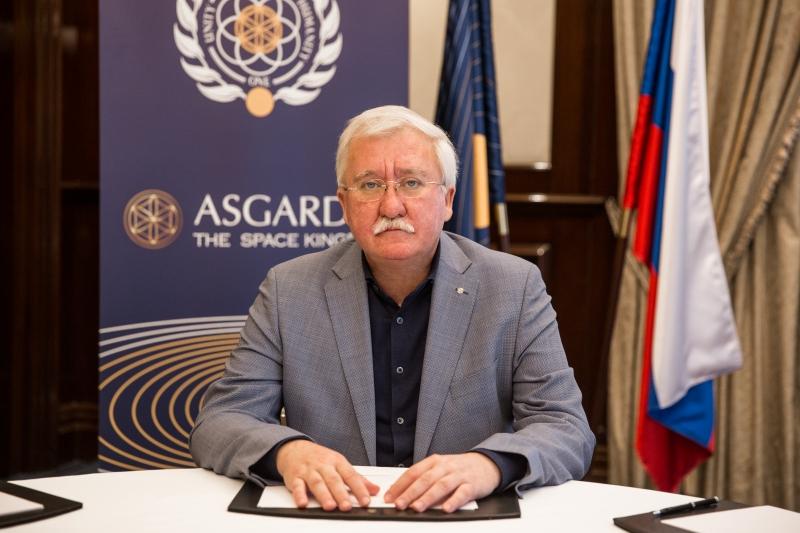 Глава первого космического государства Асгардия Игорь Ашурбейли на пресс-конференции в Москве