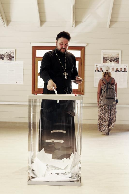 Голосование на выборах Президента РФ на участке в Иерусалиме